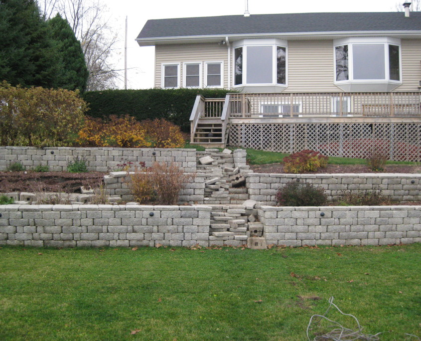 landscaping wall and steps repair BEFORE